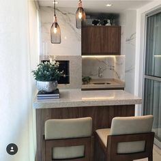 Adorable Mini Bar Design Ideas On Your Apartment Balcony Small Space Living, Small Rooms, Small Spaces, Apartment Kitchen, Kitchen Interior, Kitchen Design, Mini Bars, Small Toilet Room, Apartment Balconies