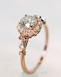 Rose gold. Le sigh...so pretty! Inspiration via @oh.my.pretties.  Tag a friend that you know would love this ring.