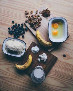 So yummy and healthy! A no-flour pancake recipe from Smashed Avocado blog. No Flour Pancakes, Smashed Avocado, Pancake Day, Avocado Recipes, Yummy Food, Treats, Healthy, Ethnic Recipes, Blog