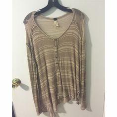 Free People Top Great for going out or hanging out. Great condition, barely worn! Price is totally negotiable so feel free to make an offer!! Free People Tops