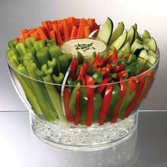 50 Cool Kitchen Gadgets Everyone Needs Party Bowls On Ice Keep your vegetable or fruit trays cold for long periods of time! This is especially helpful if you are attending a party and have quite a drive ahead of you. The larger bowl has a detachable divid Cool Kitchen Gadgets, Cool Kitchens, Kitchen Tools, Kitchen Utensils, Kitchen Ideas, Kitchen Gifts, Kitchen Designs, Kitchen Storage, Healthy Snacks