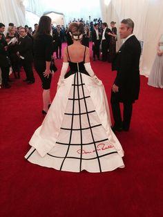 "MET Costume Institute Gala 2014: ""Charles James: Beyond Fashion"" - Sarah Jessica Parker"