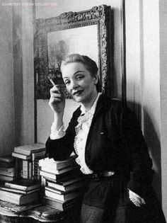 Marlene Dietrich, photographed by Arnold Newman for LIFE. 1948. (Courtesy Crees Collection)