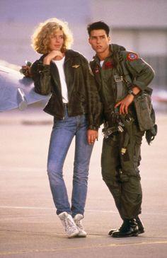 "Tom Cruise ( Maverick ) and Kelly McGillis (Charlie) in ""Top Gun"" Halloween costumes for Matt and I! 80s Movie Costumes, 80s Costume, Hallowen Costume, 80s Movies, Halloween Kostüm, Iconic Movies, Couple Halloween Costumes, Good Movies, Imdb Movies"