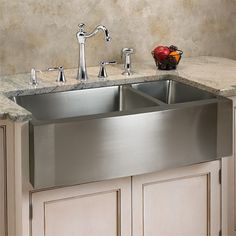 "33"" Optimum Stainless Steel 70/30 Offset Double Well Wave Apron Farmhouse Sink"