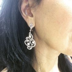 Fun and fabulous earrings from Simon G. Diamond Earing, Diamond Pendant, Diamond Jewelry, Silver Earrings Online, Gold Earrings, Drop Earrings, Jewelry Sets, Fine Jewelry, Jewelery
