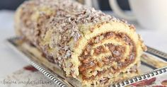 Pecan pie filling rolled into a light sponge cake make this pecan pie cake roll a perfect Thanksgiving dessert. Pecan Pies, Pecan Pie Cake, Apple Pies, Köstliche Desserts, Delicious Desserts, Dessert Recipes, Plated Desserts, Thanksgiving Desserts, Christmas Desserts