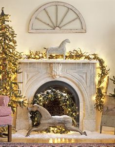 Beautiful Christmas Fireplace Mantel