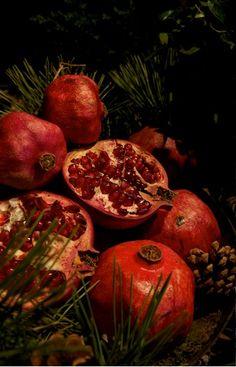 pomegranate for jewish new year