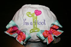 "These might be the cutest bloomers on the planet! I ordered a pair with an ""M"" for my little girl to wear for her first birthday and all year long. Owl Themed Parties, Owl Birthday Parties, Birthday Ideas, Little Girl Birthday, Baby Birthday, Birthday Bash, Holy Cannoli, Ballerina Birthday, My Baby Girl"