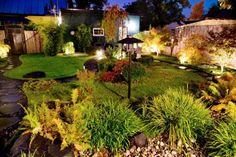 På kvällen, när buskar och träd lyses... Golf Courses, Home And Garden, Google