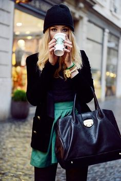 perfect rainy day outfit ~ all black with a pop green skirt!-with STARBUCKS ❤ Looks Street Style, Looks Style, Looks Cool, Style Me, Fall Winter Outfits, Autumn Winter Fashion, Rainy Day Outfit For Fall, Winter Chic, Cozy Winter
