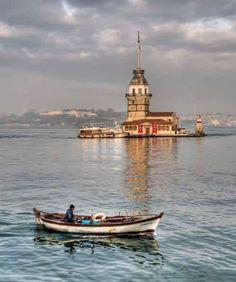 Maiden Tower, Bosphorus, Istanbul (AVH)