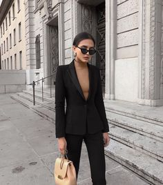 classy outfits for women business - classy outfits for women business . classy outfits for women business chic . classy outfits for women business winter . classy outfits for women business simple Black Women Fashion, Womens Fashion For Work, Work Fashion, Classy Fashion, Trendy Fashion, Fashion Jewelry, Office Fashion Women, Petite Fashion, Business Outfits
