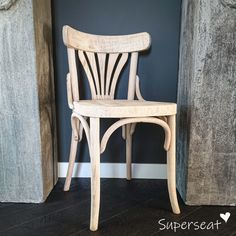Vintage Cafe, Wood Projects, Sofas, Furniture Design, Stool, Interior, Table, House, Chairs