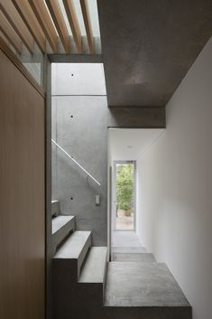 Gallery of House in Midorigaoka / Yutaka Yoshida Architect & Associates - 12