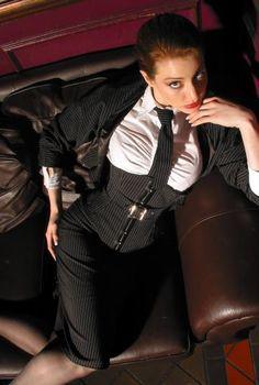 pinstripe underbust corset jpgl.jpg (360×535)