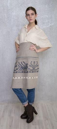 Фартук льняной с вышивкой старинного русского узора. Цена 8500 руб