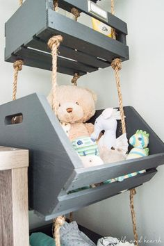 Use that vertical space by making these super simple Hanging Closet Storage Crates with rope! Plenty of storage in less than an hour of work!