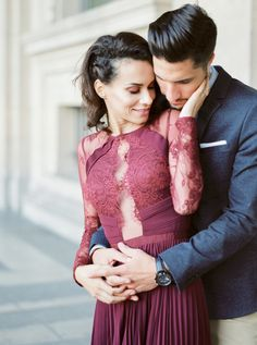 Fall Parisian engagement shoot: http://www.stylemepretty.com/little-black-book-blog/2016/12/09/fall-parisian-engagement-session/ Photography: Gert Huygaerts - http://gerthuygaerts.com/