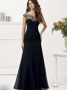 A-Line/Princess Scoop Sleeveless Floor-Length Chiffon Applique Dresses