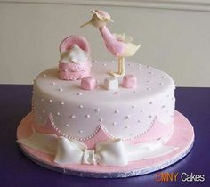 What an adorable baby shower cake :) Torta Baby Shower, Tortas Baby Shower Niña, Baby Shower Pin, Bolo Paintball, Bolo Laura, Stork Baby Showers, Decoration Patisserie, Baby Girl Cakes, Cute Cakes