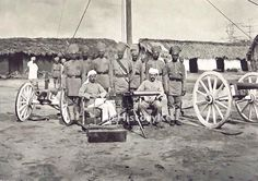 Early Soldiers at the German garrison in Witu, present-day Lamu Troops, Soldiers, My Roots, African History, Present Day, Kenya, Old Photos, German, Culture