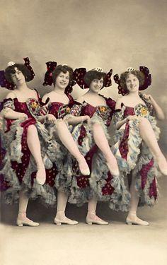 Vintage Ballet, Vintage Burlesque, Vintage Girls, Cabaret, Vintage Photographs, Vintage Photos, Trip The Light Fantastic, Flappers, Girls Show