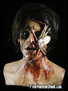 SPIDER VICTIM Collector Halloween Mask