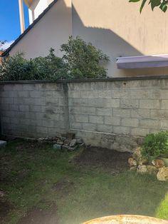 California Backyard, Concrete Patio Designs, Cinder Block Walls, Backyard Projects, Construction, Architecture, Outdoor Decor, Shabby Chic, Home