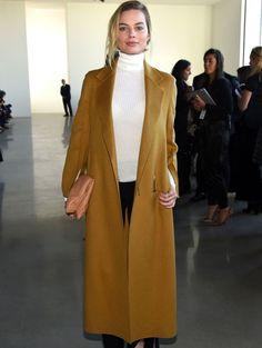 Margot Robbie au défilé Calvin Klein.