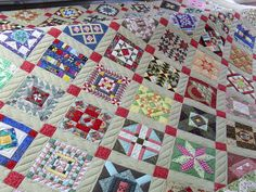 Insanity Quilt by Jessica's Quilting Studio, via Flickr