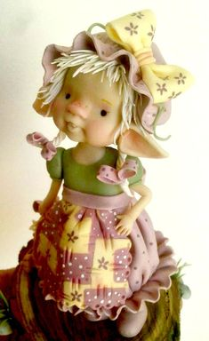 Risultati immagini per Imayara Pascual. Elves And Fairies, Clay Fairies, Flower Fairies, Polymer Clay Fairy, Polymer Clay Dolls, Dragons, Painted Glass Blocks, Kobold, Marionette