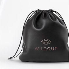 .  .  .  #wildout #diseñar #diseño #accesorios #branding #nuevamarca #negocio #indumentaria #mochila #bolso #cartera #monedero #billetera #mujeres #moda #fashion #trends #tendencias #ropa #fashionista #design #gold #femenino #mujer #ident...