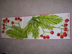 Vintage Vera scarf, red and green