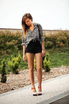 : Shorts a la cintura