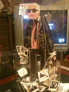 Karl Lagerfeld Paper Toy.  An old favourite from my collection.