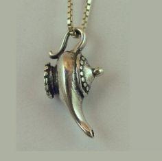 Aladdin's Genie lamp !!  YES !! .......deseo que me concedan mis deseos :D