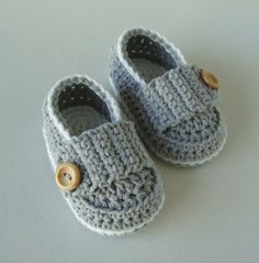 Baby boy booties little loafers Crochet baby by Ohprettypretty, $20.00