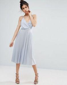 Vestido plisado a media pierna con diseño cruzado estilo blusón de ASOS