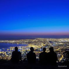 Cape town  view from Lion's Head  @janikalheit