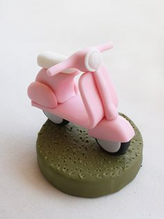 Vespa Cake Topper Tutorial