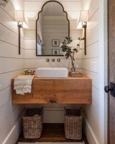 Awesome Farmhouse Bathroom Vanity Remodel Ideas – Best Home Decorating Ideas - Page 2 Bad Inspiration, Bathroom Inspiration, Mirror Inspiration, Interior Inspiration, Modern Farmhouse Bathroom, Farmhouse Design, Farmhouse Small, Rustic Farmhouse, Fresh Farmhouse