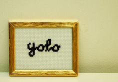 lite broderi.   tiny crosstitch.   #crosstitch #DIY #yolo #funny