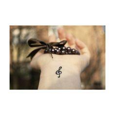 Tatuagens femininas pequenas delicadas ❤ liked on Polyvore