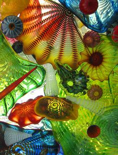 dale chihuly gallery moment we reclined on the floor to view one of his