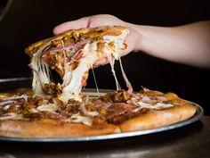 Blue Ribbon Pizzeria, 897 South Coast Highway Encinitas, Ca Great Recipes, Snack Recipes, Favorite Recipes, Healthy Recipes, Cajun Recipes, Italian Recipes, Good Pizza, Pizza Pizza, Easy Lasagna Recipe