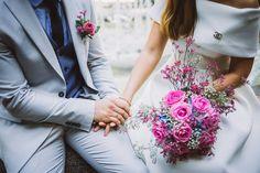"""In der Kategorie """"Echt hübsch"""" zeige ich Euch echte Bräute und ihr tolles Styling für den Hochzeitstag!  Foto: https://www.pinsview.com/   #evetichwill #echthübsch #braut #brautpaar #brautstyling #bridalstyle #brautstrauß #hochzeit #standesamt #hochzeitsblog"""