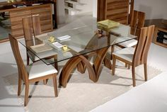 glass top tabled for dining room design and decorating ideas-love the table