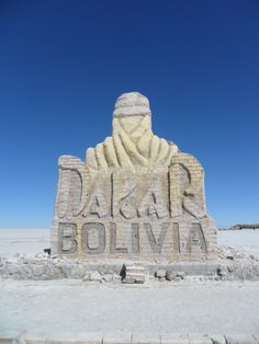 See 377 photos and 43 tips from 1635 visitors to Salar de Uyuni. A must if you're planning a trip to Bolivia 🇧🇴 The best way. Bolivian Salt Flats, Four Square, Mount Rushmore, Around The Worlds, The Incredibles, Mountains, Travel, Salar De Uyuni, Voyage